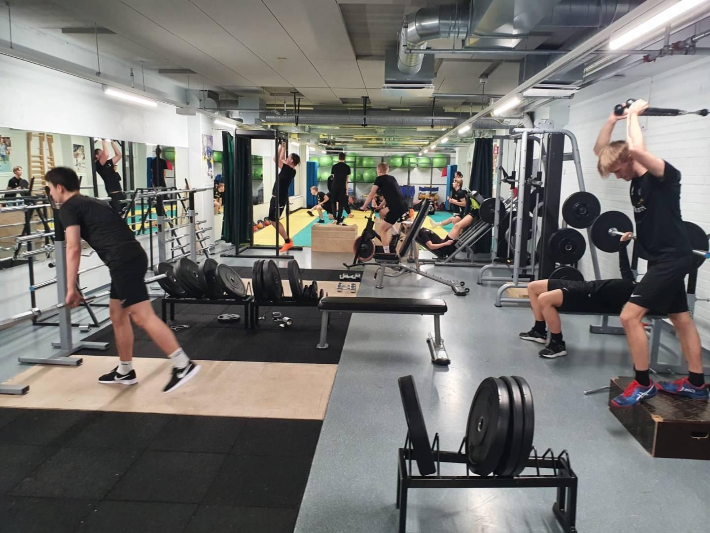 Saliharjoittelua Gym träning