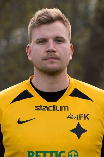 Lehtinens fullträffar ledde till ÅIFK-seger över VG i Herrtrean