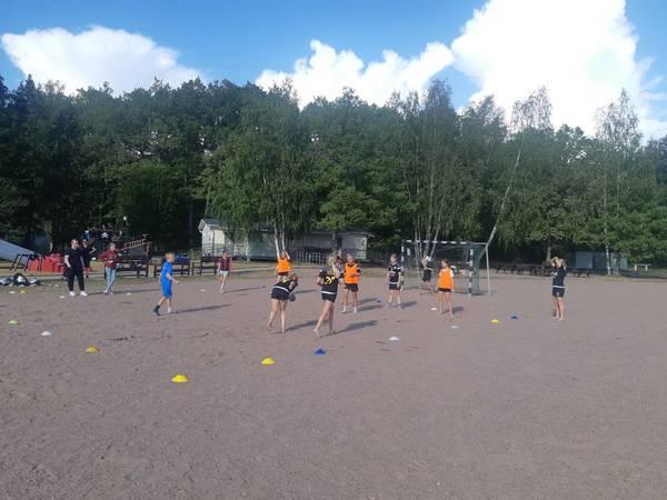 På lördag spelar vi Beachhandboll i Ekvalla