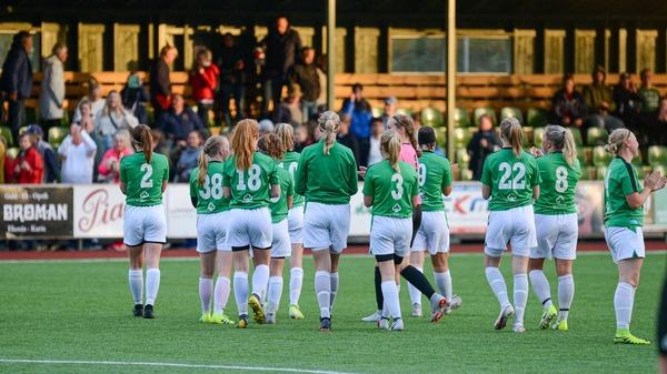 Stabil seger för EIF:s damer i debuten