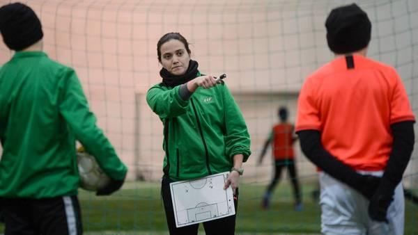 Ekenäs IF tror på tränarkunskap från iberiska halvön – Pilar Fernández Andrade tränar juniorer