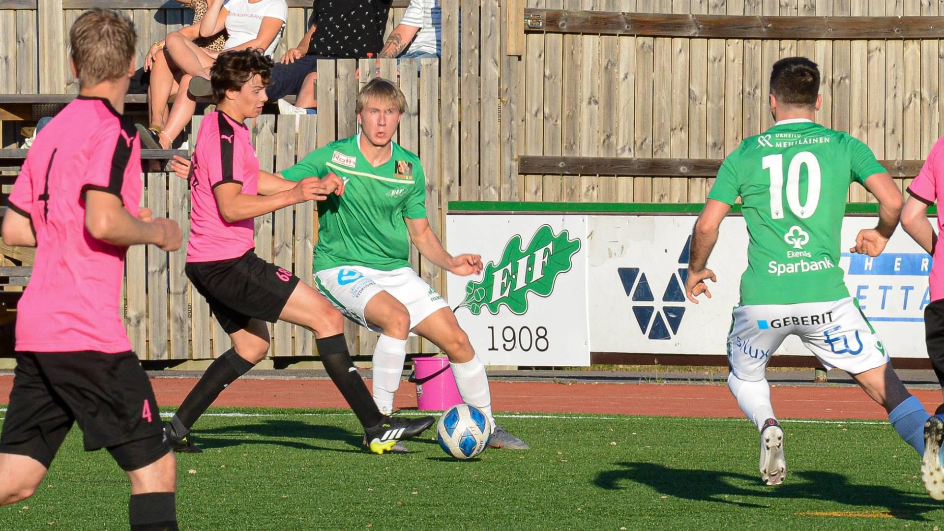 Bushi avgjorde - Akademin öppnade med seger - 1-0