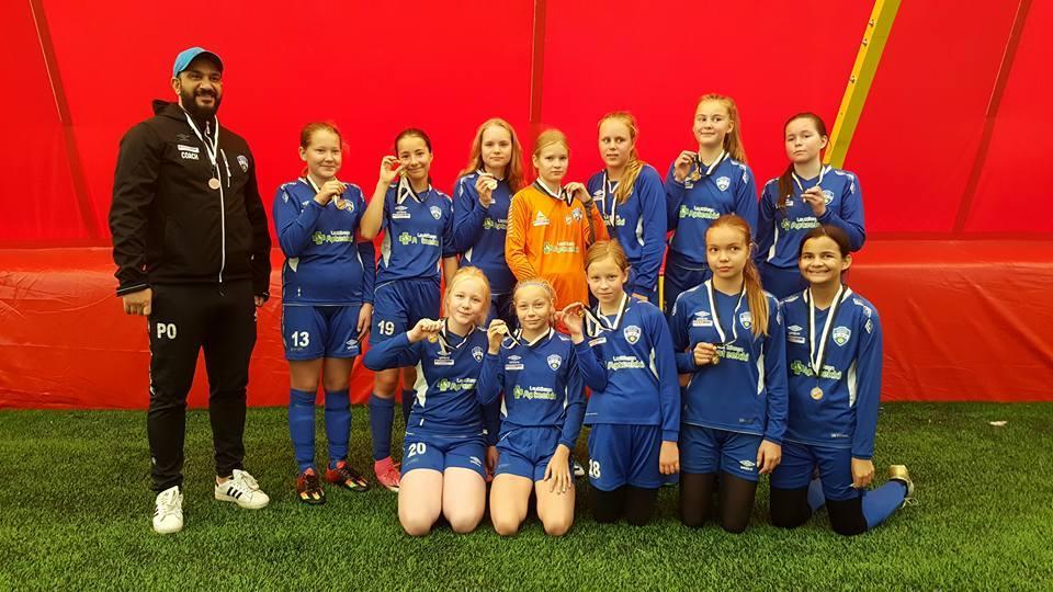 EBK T05 Leijonille pronssia Neste K Varisto Cupissa