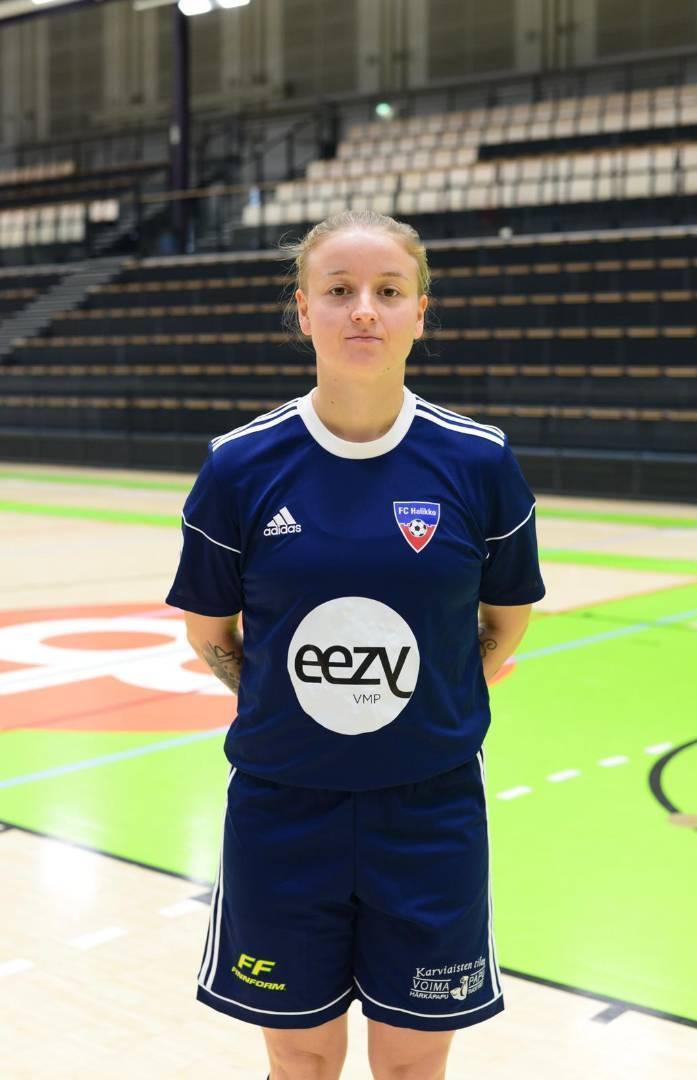 Olivia Simula jatkaa FC Halikon paidassa