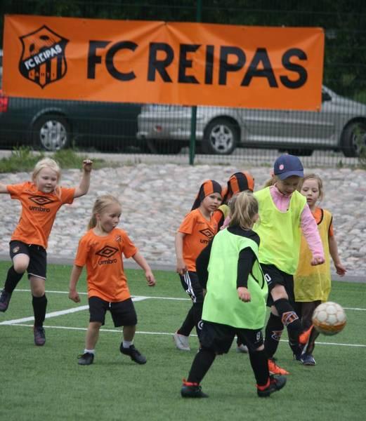 FC Reipas T13-14-joukkue - tärkeää INFOA