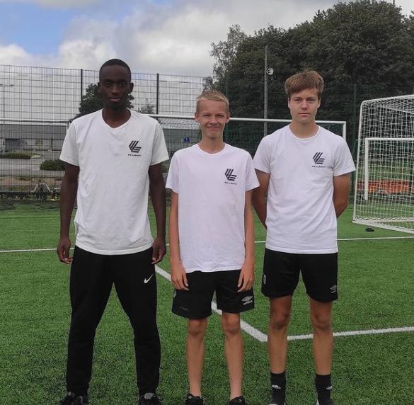 FC Lahden Huovila, Ndabawedje ja Pasanen Islanti-otteluihin