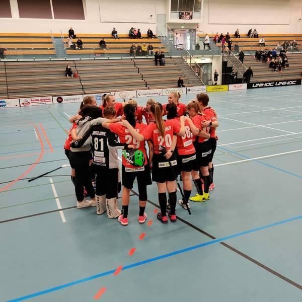 Voitto Edustus Naisille myös päivän toisessa ottelussa  2-1 Welhot II vastaan