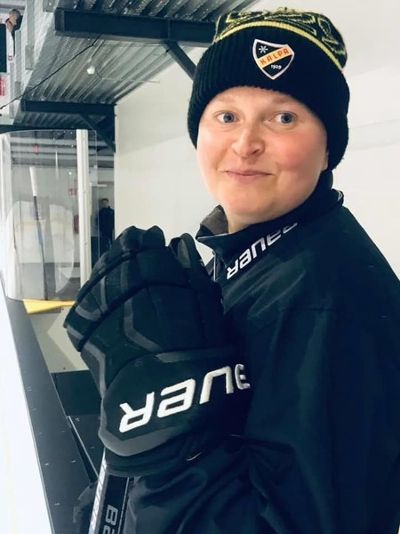 Marjo Voutilainen jatkaa KalPa naisten päävalmentajana
