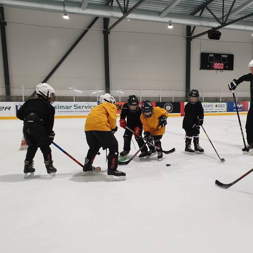 Tule kokeilemaan joukkuetoimintaa avoimiin harjoituksiin