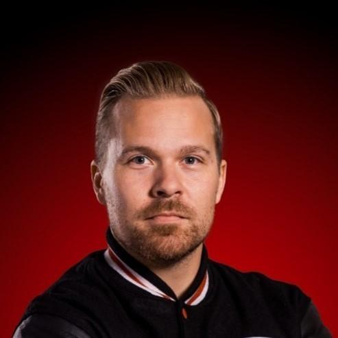 Benjamin Laurinkari Kiekko-Vantaan U18 vastuuvalmentajaksi