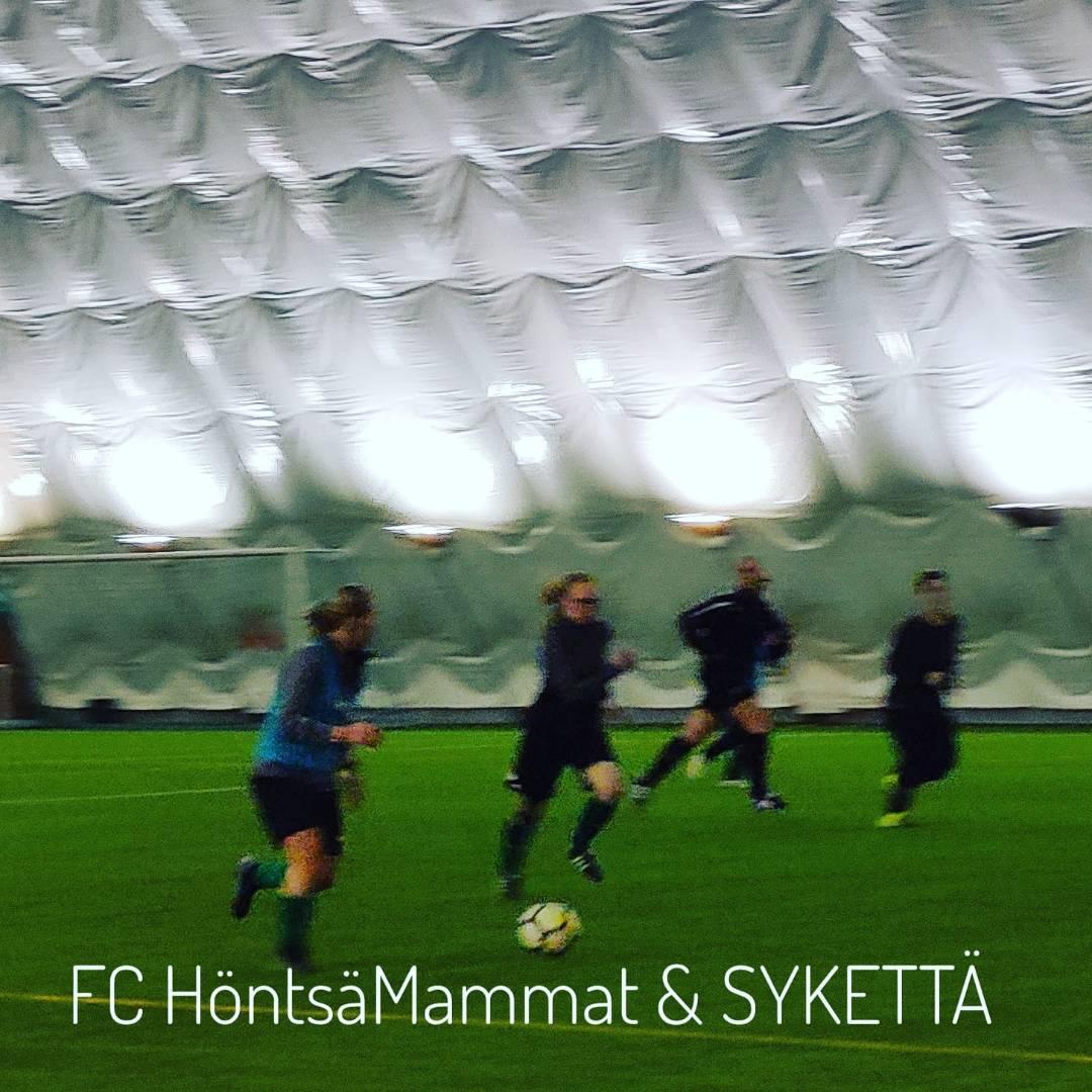 FC HöntsäMammat yhteistyössä SYKETTÄ-palvelun kanssa