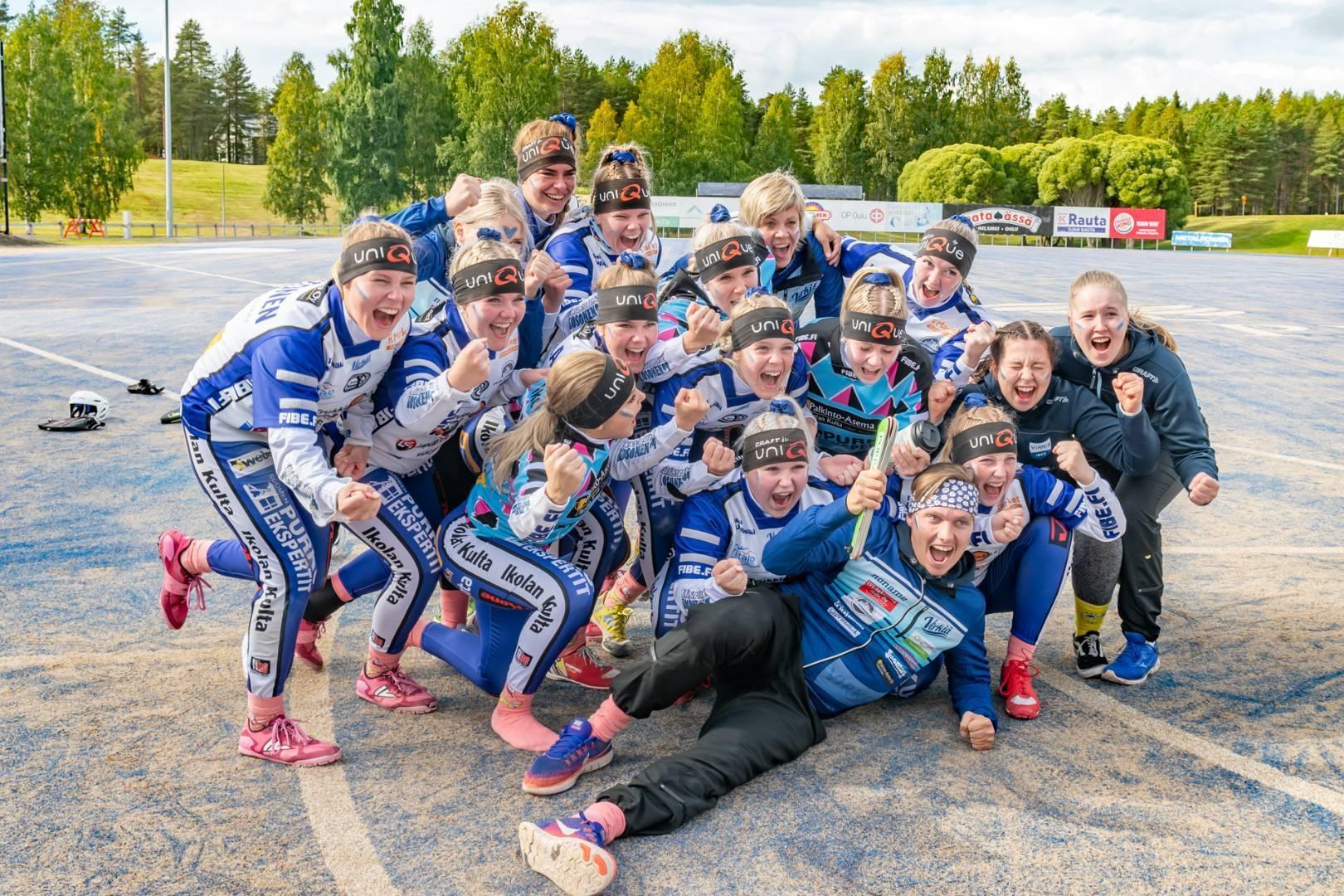 Naisten Suomensarjan kausi päättyi onnenkyyneliin