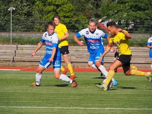 Tiukka taistelu meni FC Kiistolle