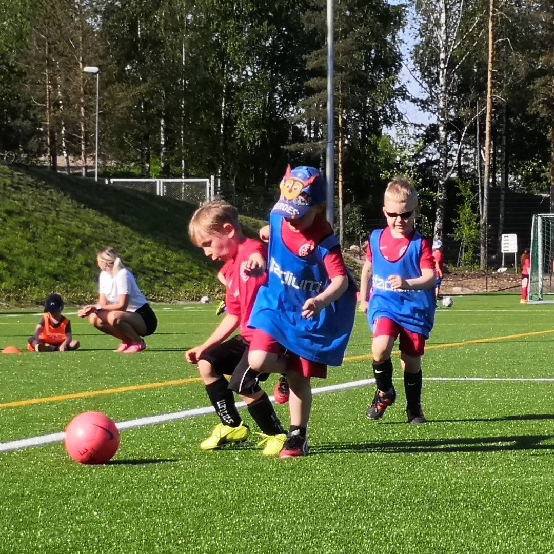 Uusi joukkue pojat/ tytöt 2015-2016, ilmoittaudu mukaan!