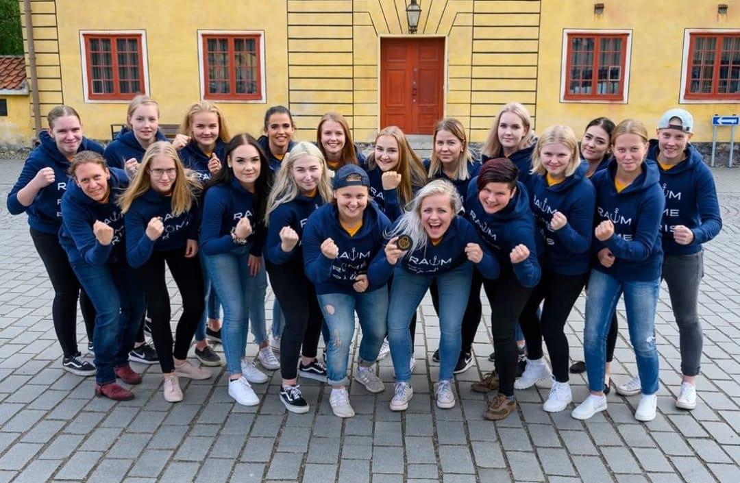 Lukko Naisten pelaajia U16 maajoukkueleirille