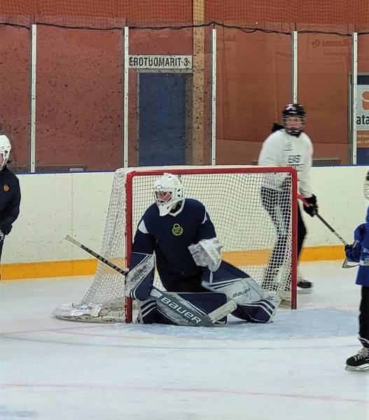 Easy Hockeyn kausi alkoi - harrastustoiminnalle on kysyntää