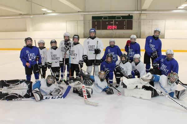 Easy Hockey Ryhmä - Hokia ja hauskanpitoa hyvällä meiningillä!