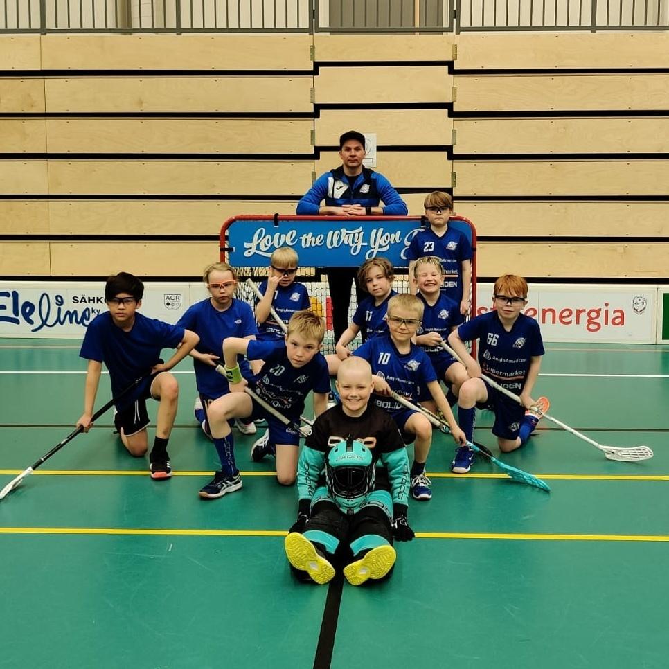 F-juniorit liekeissä Rovaniemellä