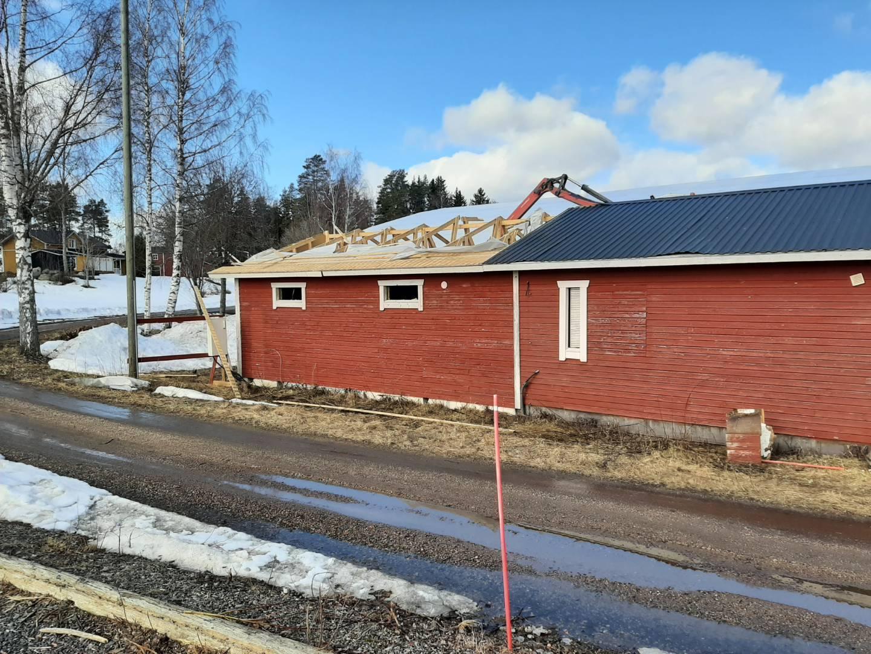 Början på byggprojekt - Rakennushankkeen alku