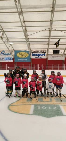Girls Hockey day 2021