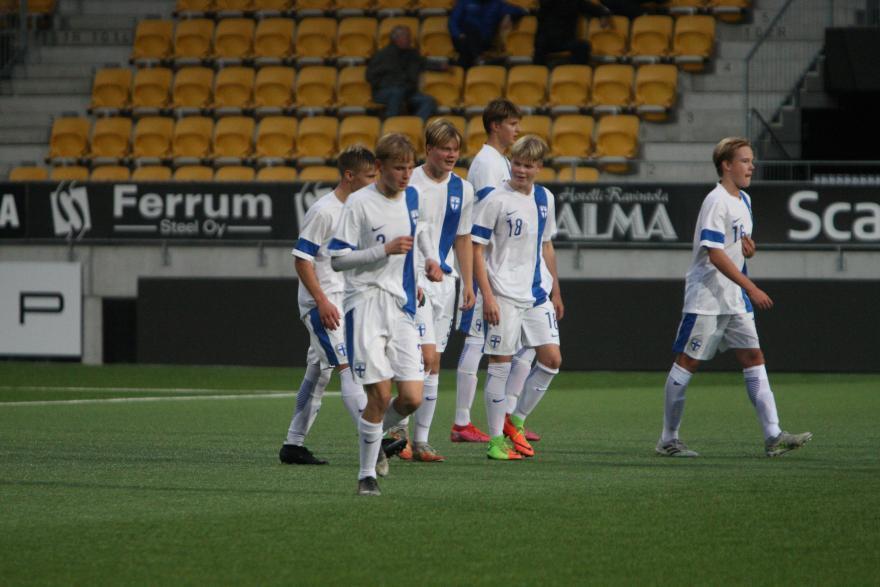 Peräti viisi VPS Junioria U16 maajoukkue-ehdokkaiden leirille