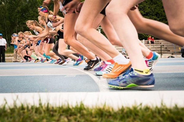 Nuoren yleisurheilijan ravitsemus, osa 2: Välipalat, ravintolisät ja herkut